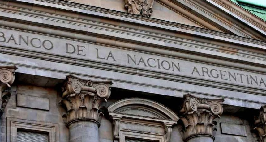 Los bancos de todo el país paran por dos horas y en el Nación la medida sería de jornada completa