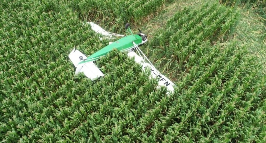 Una joven piloto de Tapalqué debió aterrizar de emergencia en un maizal