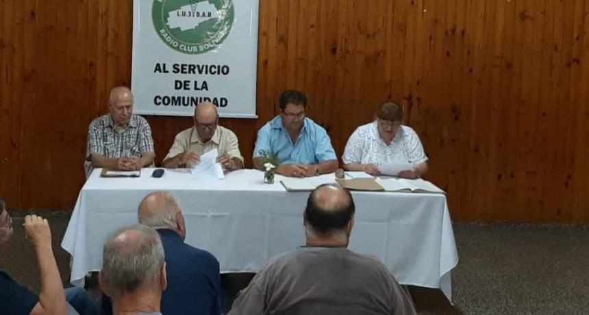 Asumieron las nuevas autoridades en el Radio Club Bolívar