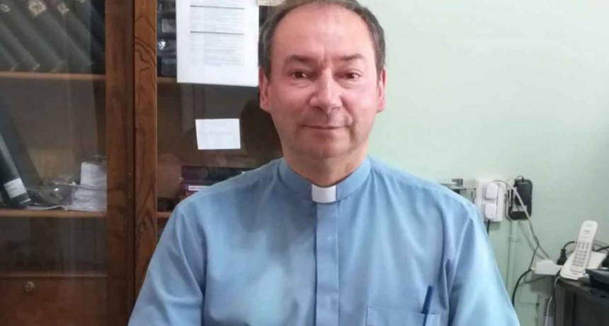 Miércoles de Ceniza en la Parroquia San Carlos Borromeo
