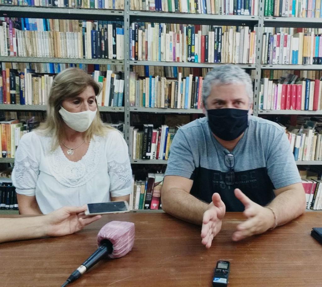 La Biblioteca Popular Alcira Cabrera se reinventa con reformas, arreglos y pintura, a través del esfuerzo de sus integrantes y donaciones de la comunidad