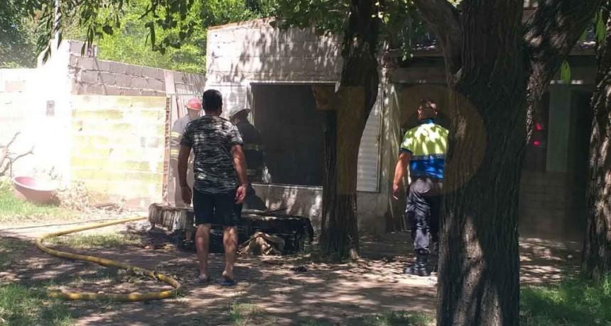 Se produjo el incendio en una vivienda de Barrio María del Carmen