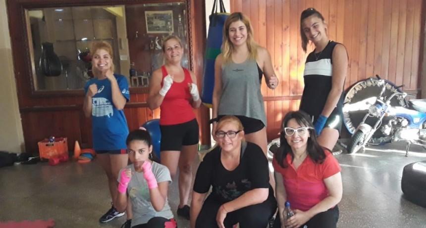 """Brenda Suárez (Power Gym): """"Hacemos funcional, musculación y una combinación entre boxeo y funcional"""""""