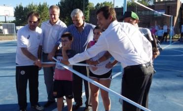 Inauguraron el tercer playón deportivo e inclusivo