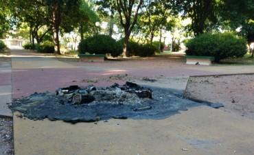 Vandalismo: Incendiaron dos 'Puntos Verdes'