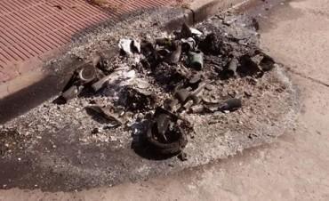 Ataque a 'Puntos Verdes':El municipio repudia el incendio de otros dos contenedores de residuos