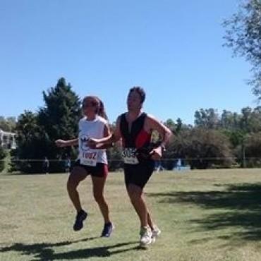 Triatlón de Laprida con participación bolivarense
