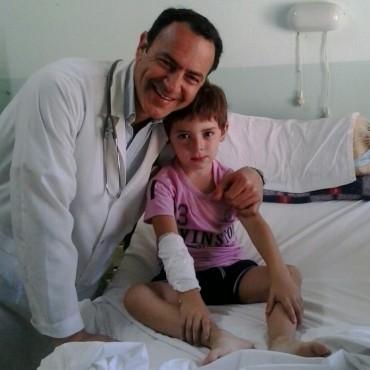 El cuerpo médico del Hospital 'Capredoni' le salvó la vida a un niño de 5 años