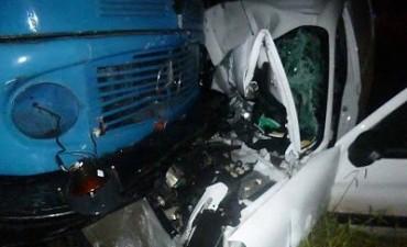 Ruta 5: Terrible accidente entre un camión y una camioneta, una persona grave