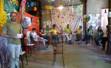 Del otro lado del árbol: Rosana Constantino y Miguel Fo brindaron talleres para los más chiquitos