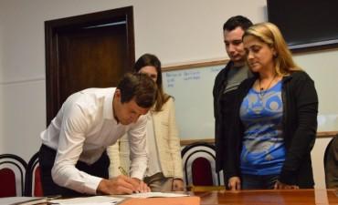 Programa PRO.CRE.AR: Cuatro nuevas familias firmaron sus escrituras