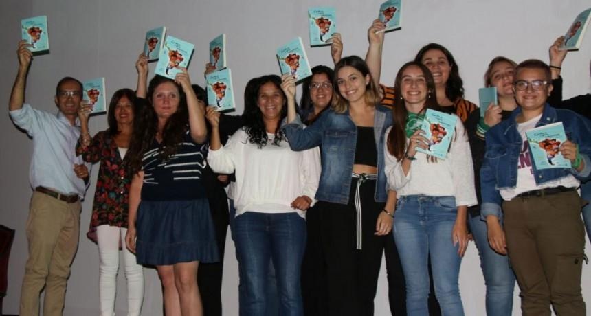 """Se presentó el libro """"Escrito de mujeres bolivarenses. Derechos, luchas y conquistas"""""""
