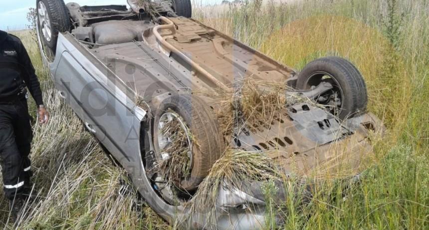 Despiste y vuelco en Ruta 205 Km 306; no hubo heridos