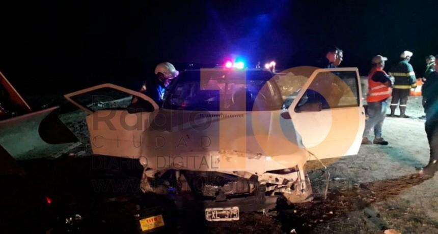 Ruta 226: Un vehículo impactó contra un montículo de tierra en la obra del canal Valerga