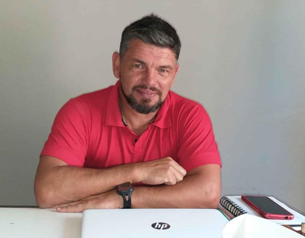 Luciano Villarreal; 'Lo importante es tener responsabilidad y compromiso de trabajar por la buena educación de nuestros alumnos'