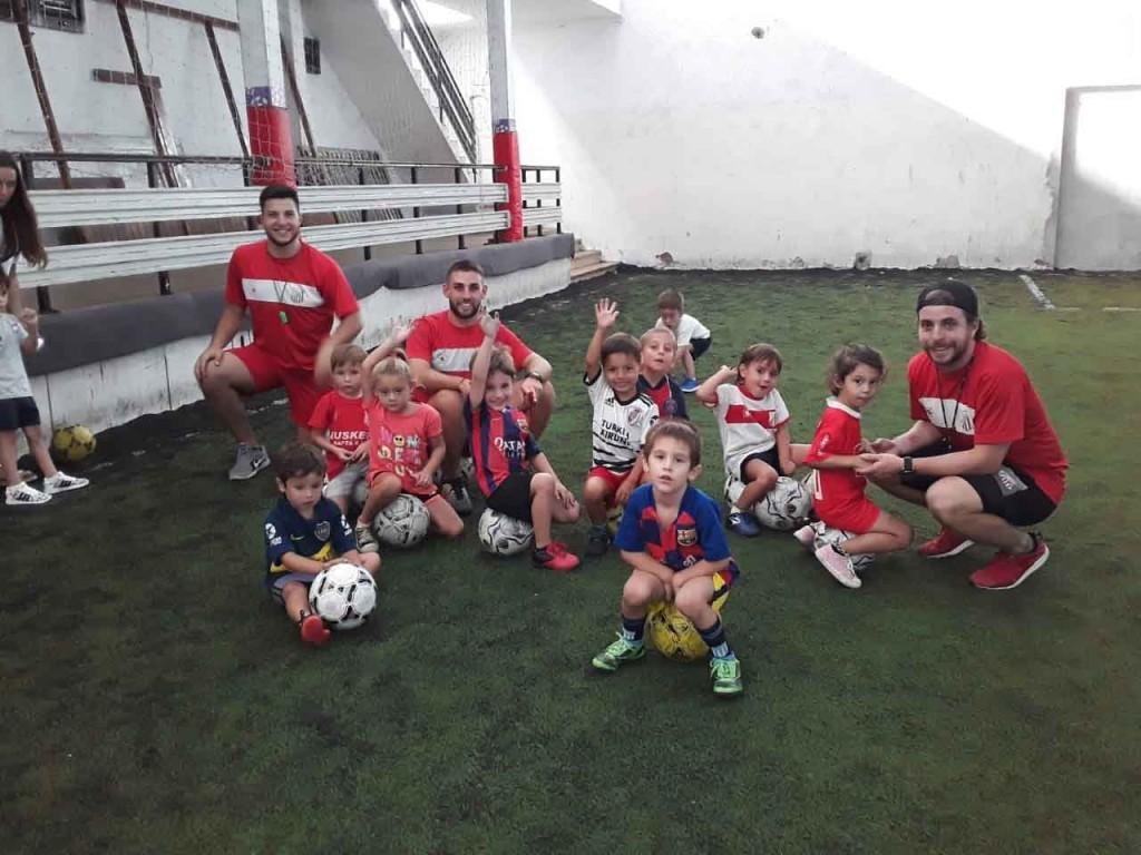Blas Figueroa; 'En esta escuelita solo queremos que los chicos aprendan a disfrutar del futbol'