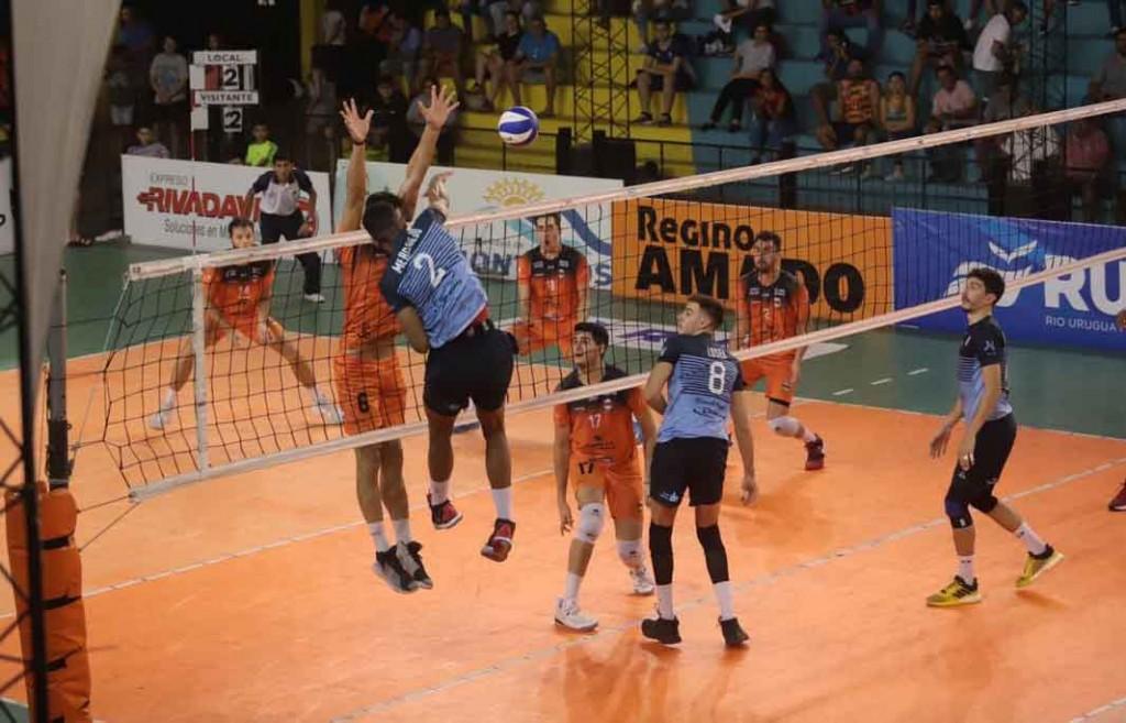 Bolívar Vóley ganó en Tucumán y se adelantó en la serie de 4tos de final