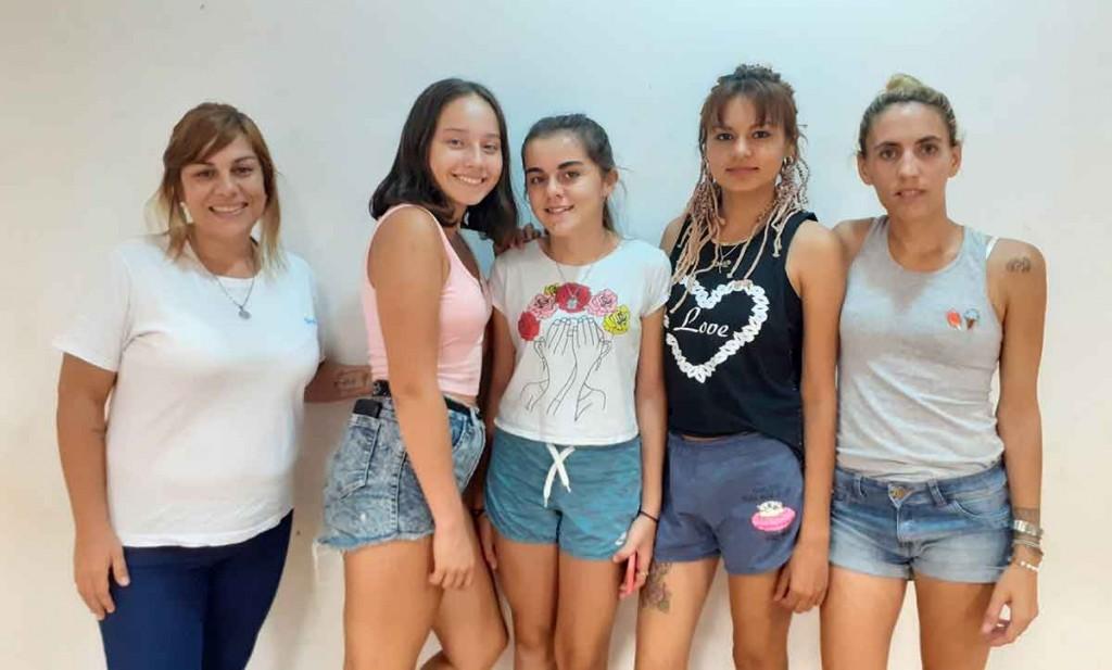 El coro del DIAT participó de la presentación del II Libro de Mujeres Bolivarenses