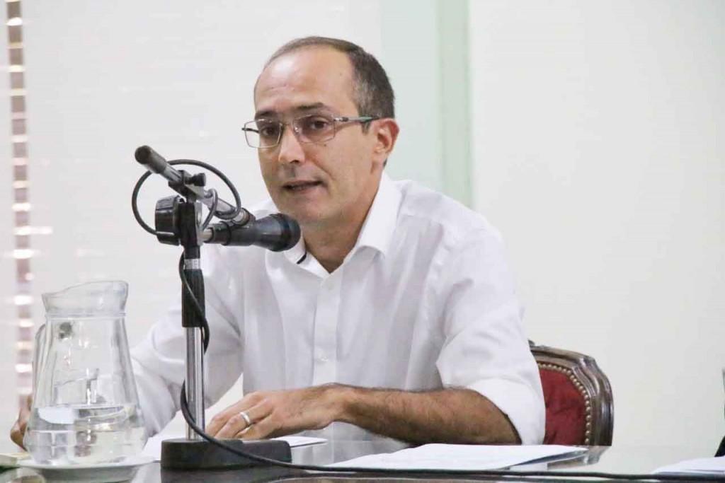 Marcos Pisano; 'Ser responsables y solidarios debe ser nuestra bandera en este momento de emergencia, nuestros vecinos nos necesitan'