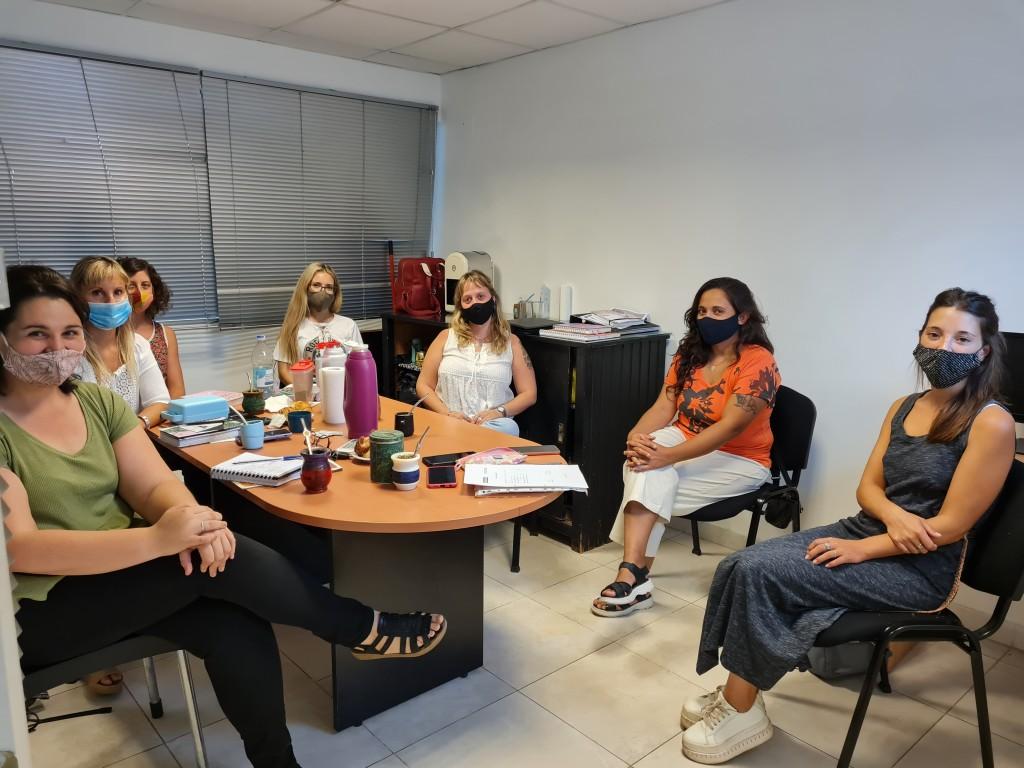 Este jueves la Directora de Derechos Humanos recibió a la coordinadora de la séptima región del ministerio de mujeres
