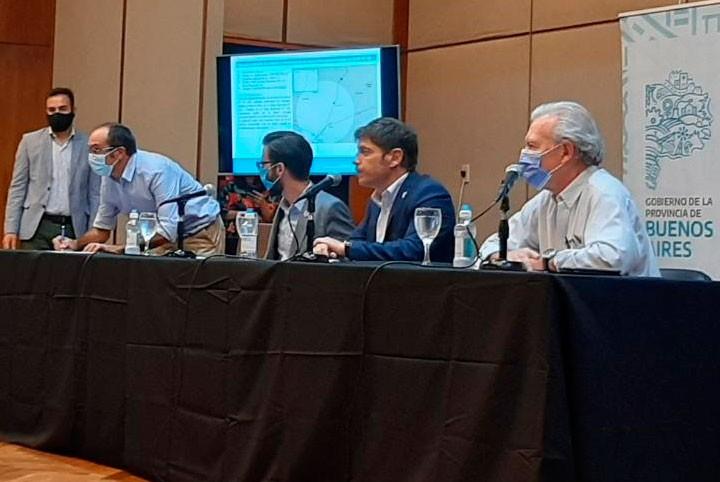 El intendente Marcos Pisano firmó obras viales para el tramo 9 de Julio-Bolívar