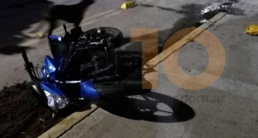 Un joven hospitalizado con una lesión en el fémur a raíz de un accidente en avenida Calfucurá