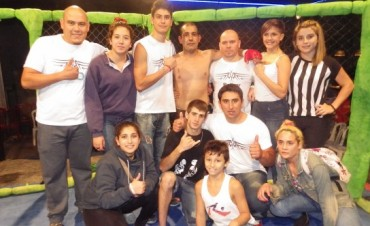 Una noche a pura acción con el MMA en Bolívar