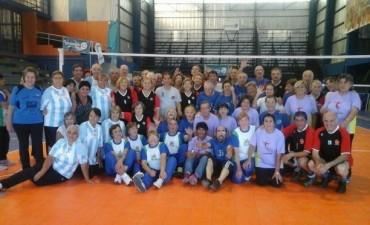 El domingo 12 de abril, se realizó un encuentro de Cestoball y Voleibol adaptado