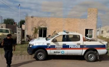 La policía realizó un allanamiento en busca de herramientas de albañilería que fueron robadas en una obra de barrio Los Zorzales