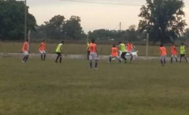 Amistosos: Empleados e Independiente ganaron sus partidos