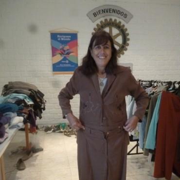 Rueda Femenina: Se realizó la feria de ropa del Rotary Club bolívar