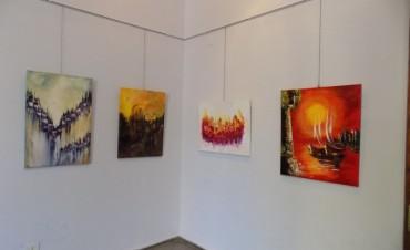 Se realiza una nueva exposición de artistas locales en el CRUB