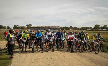 Ciclismo: Varios bolivarenses participaron de 'La Vuelta al Centinela Sur' en Tandil