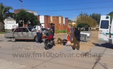Accidente Falcón vs. Moto en 9 de Julio y Rivadavia