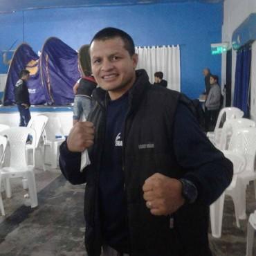 El Campeón Sudamericano visitó el festival boxístico en Bolívar