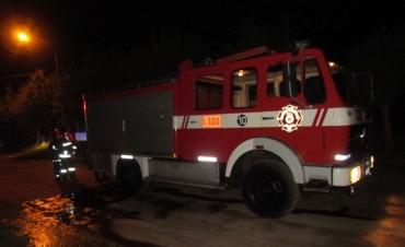 Anoche: Incendio en una vivienda de Barrio Parque