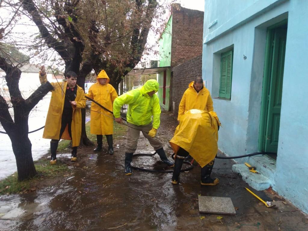 El municipio realizó tareas preventivas y de asistencia ante la intensa lluvia caída
