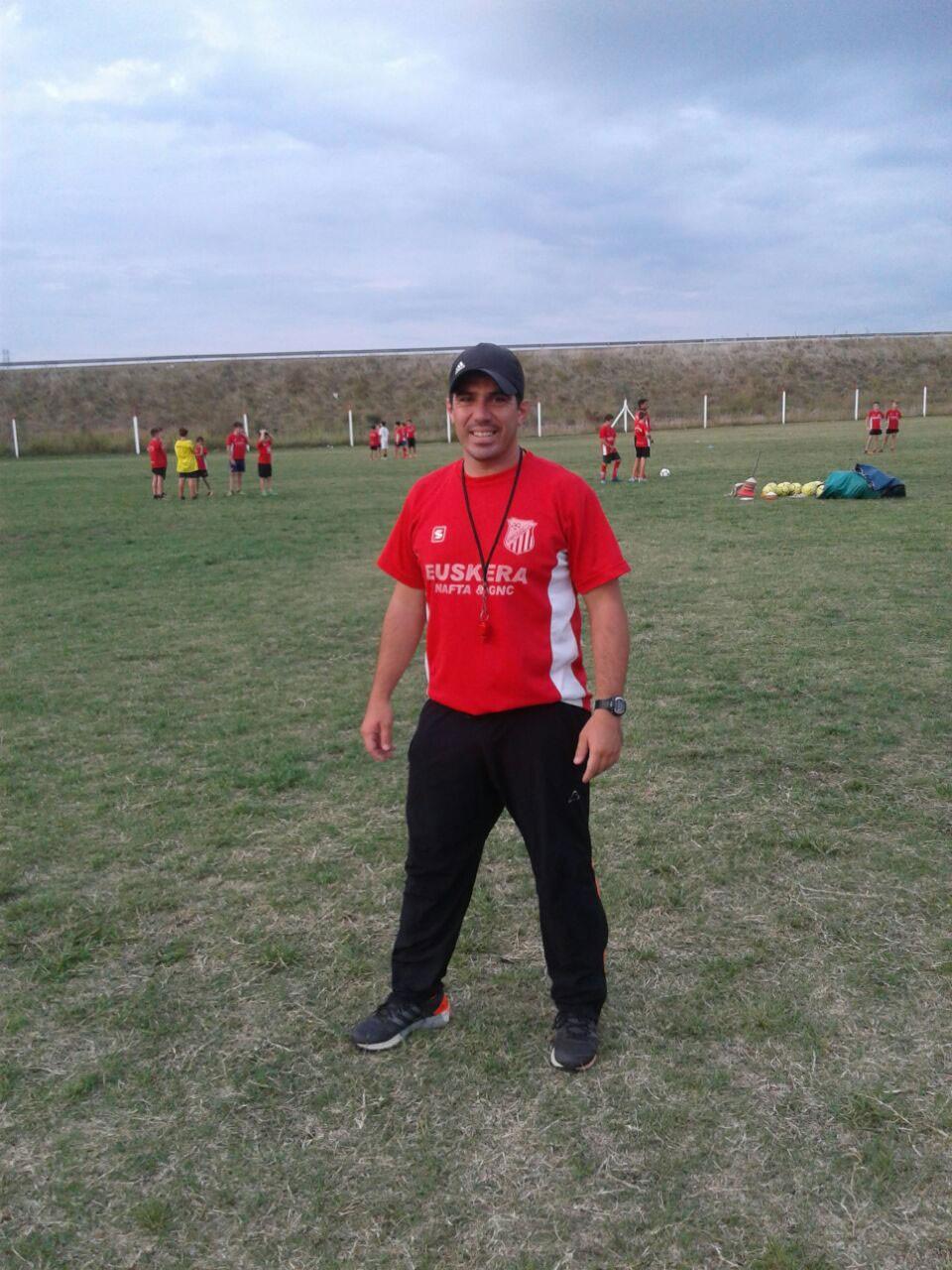 Fútbol: Mundialito Club Empleados