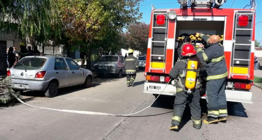 Se incendió una vivienda en la calle Azcuénaga