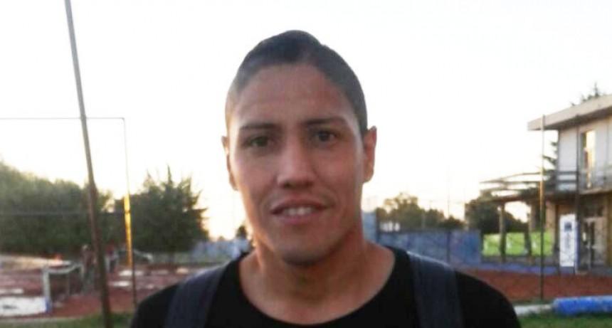 Fútbol: Independiente presentó a Emiliano Cardozo
