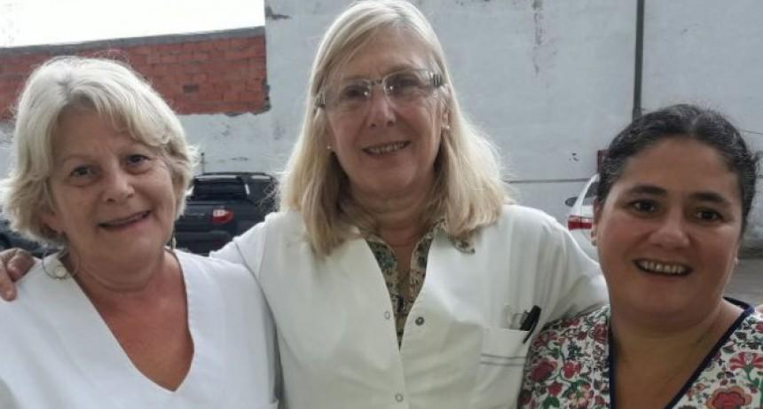 Beatriz Locícero deja el hospital después de 42 años de servicio.