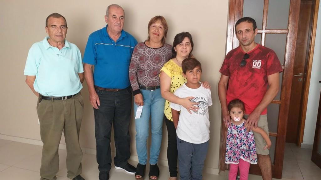 Proyectar por los pueblos entregó los premios mensuales de la rifa de la casa