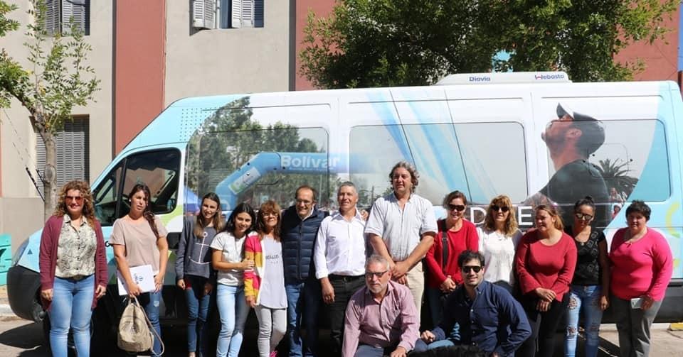 Marcos Pisano resolvió el tema de transporte a estudiantes de Urdampilleta y Pirovano