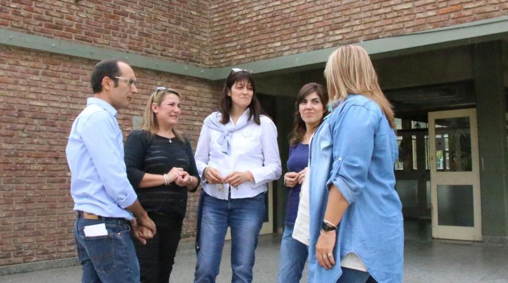 El intendente Marcos Pisano visitó instituciones educativas