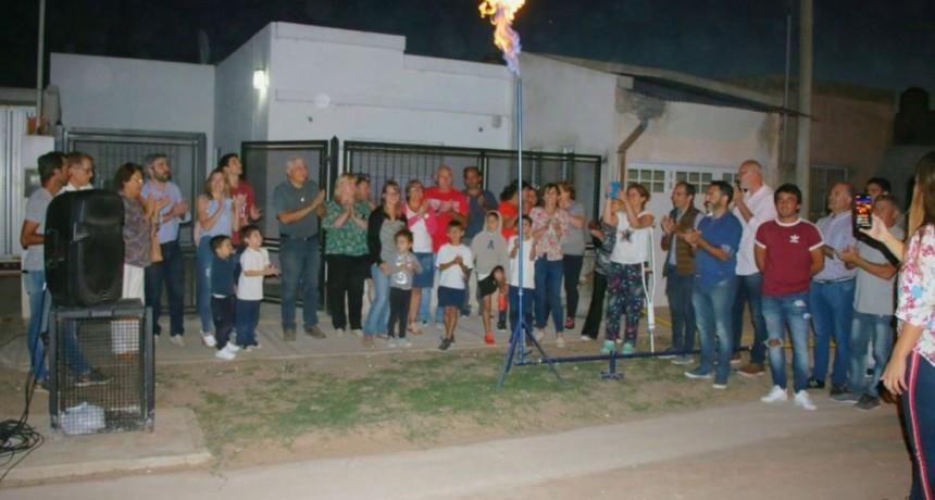 Pisano inauguró la obra de gas en Las Manzanitas