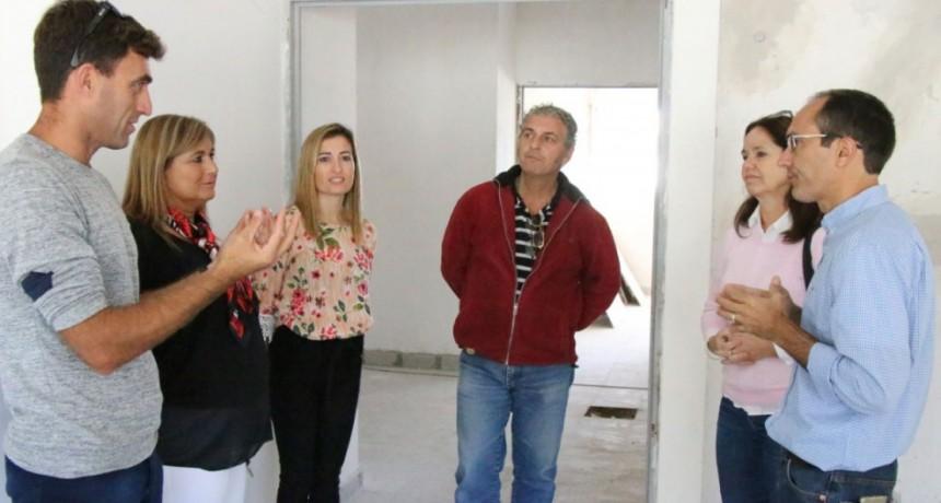 El intendente Pisano recorrió la obra de la Escuela de Educación Especial N° 502
