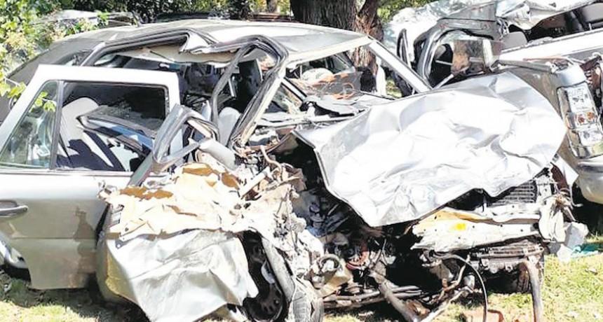 Trágico accidente en Carmen de Areco: ocho personas murieron tras un choque entre dos autos