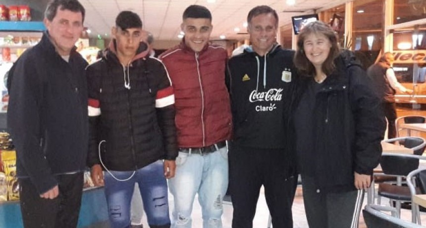 La municipalidad despidió a Stampone y Lezcano que concentrarán junto a la Selección Argentina