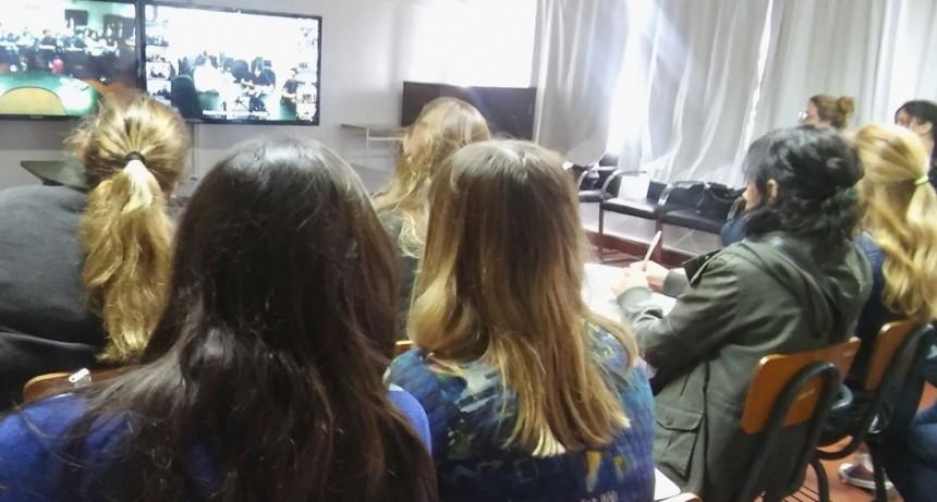 """Estudiantes de enfermería participaron de un encuentro de """"Cuidados Paliativos"""""""