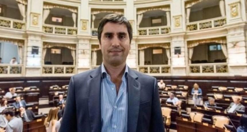 Manuel Mosca presentó una denuncia por extorsión en la fiscalía de Álvaro Garganta